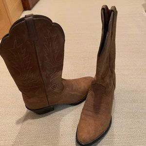 Ariat Womens Cowboy Riding Boots NWT